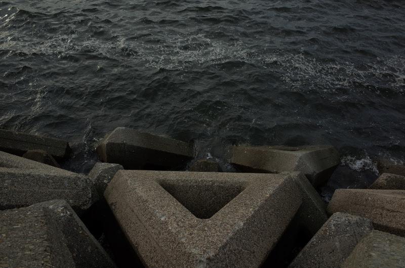 泉大津人工島テトラ 釣座はこんな感じ。
