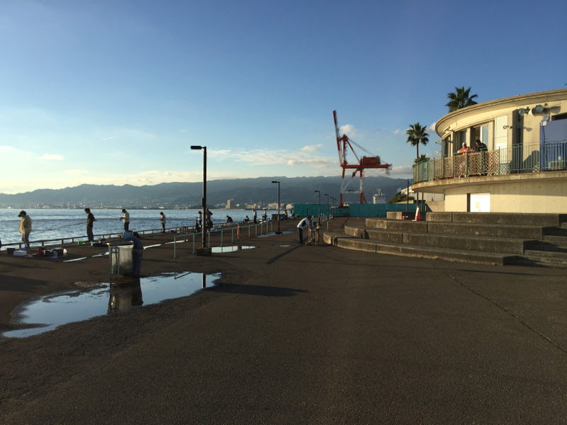 鳴尾浜臨海公園海づり広場:西向き