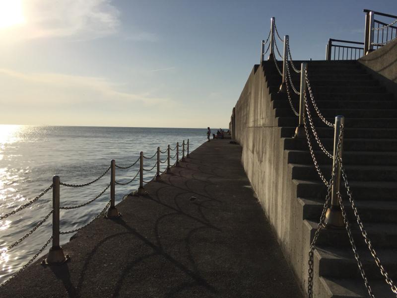 田ノ浦漁港の外向き堤防(西側向き)