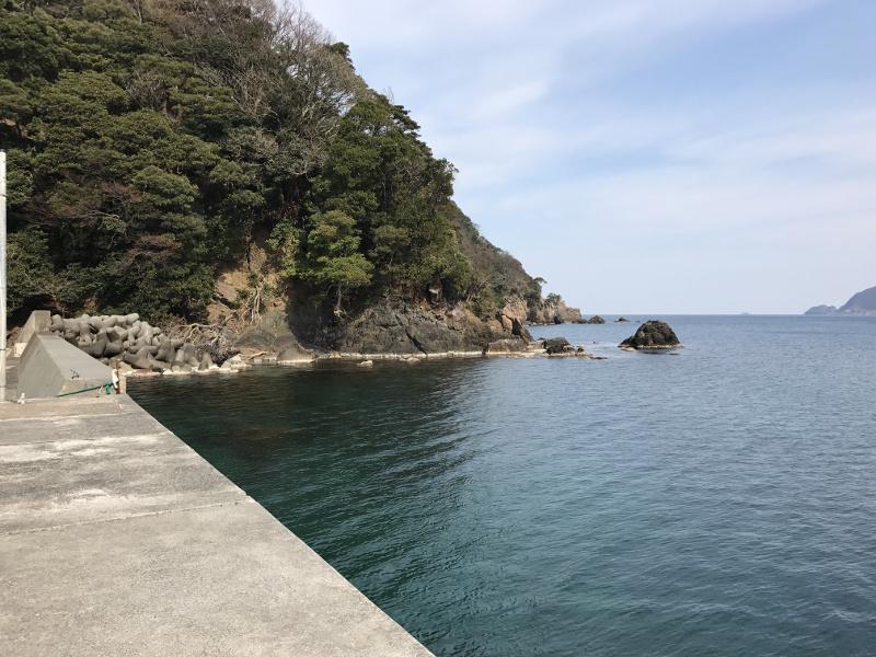 矢代漁港から外海側