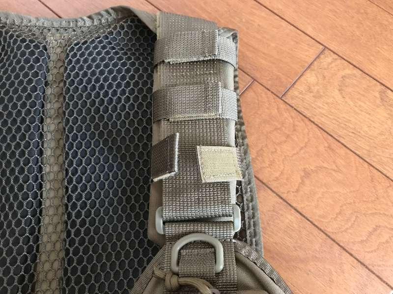 サブロック v-one vest:ショルダーベルトの固定ループ