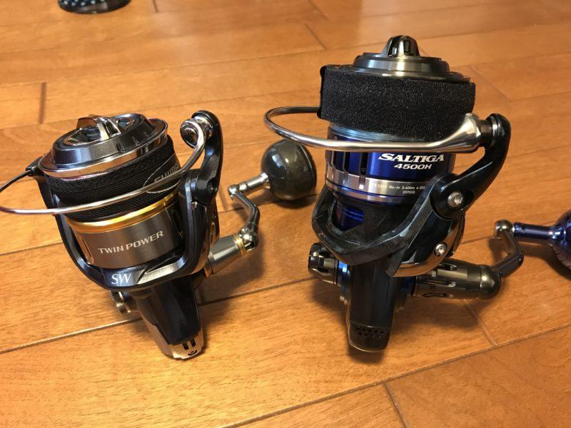 左:シマノ6000番 右:ダイワ4500番