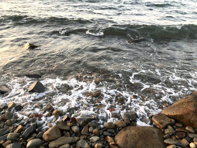 ゴロタ浜でフロートアジング