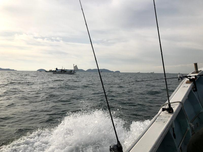 太刀魚狙いの船団
