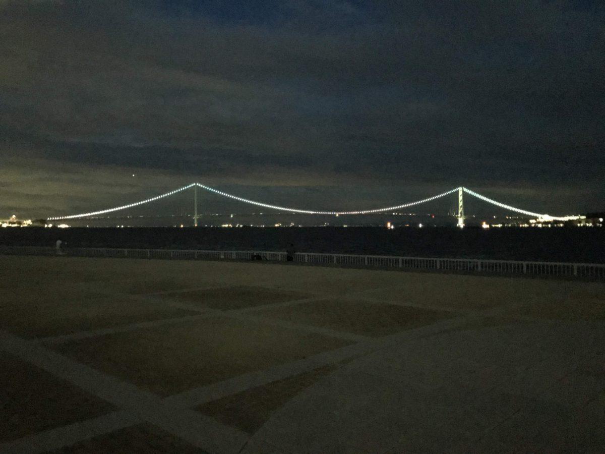 明石海峡大橋が綺麗です
