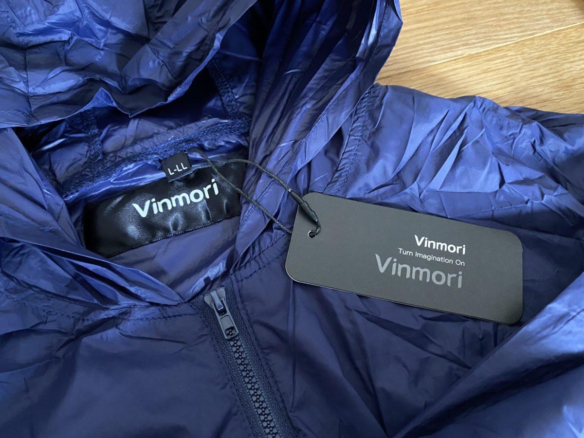 フード付きのジャケット