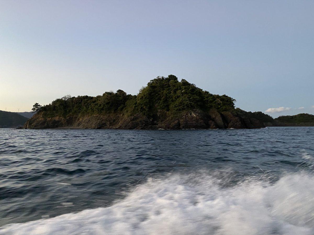 かるも島(苅藻島)