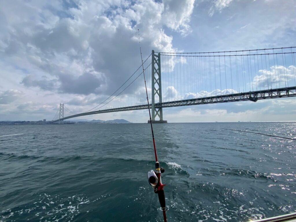 明石海峡大橋のすぐそば